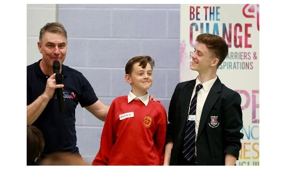 ​West Sussex School Students Learn How to Be Heroes